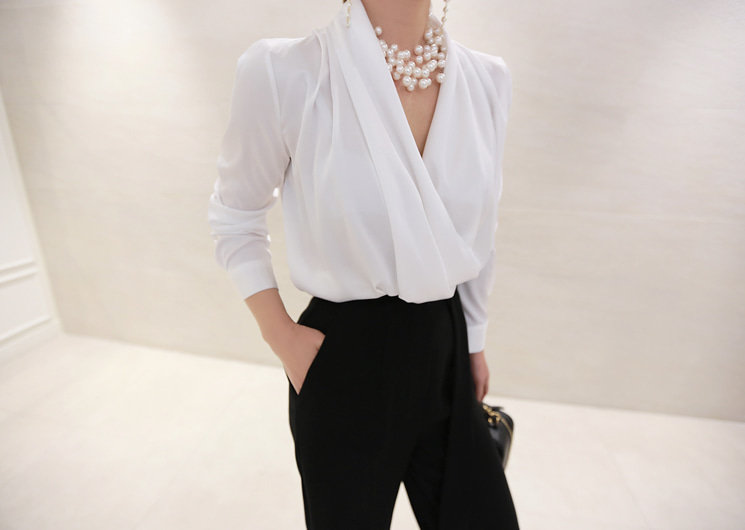 stay wrap blouse