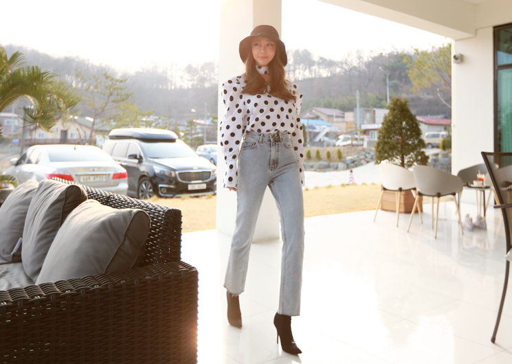 retro mood denim pants